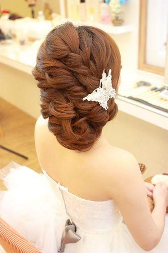 有没有新娘可以提供结婚当天的新娘发型图片
