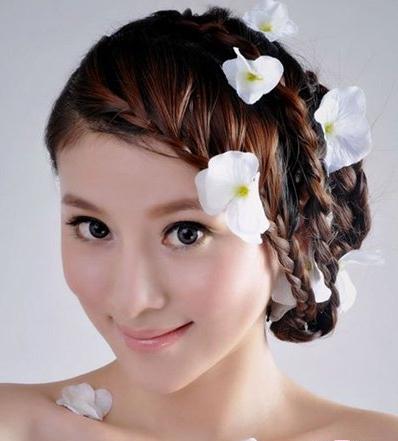 淡雅新娘韩式鲜花造型,韩式新娘发型
